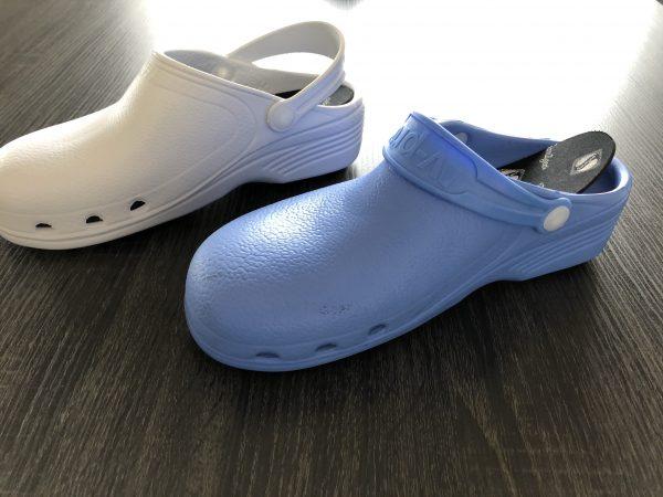 socas branca e azul